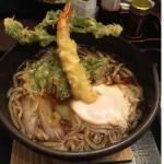 鍋焼きうどん(海老天入り)