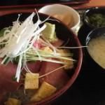 三崎港で食べた海鮮丼