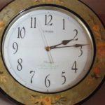 部屋にある壁掛け時計